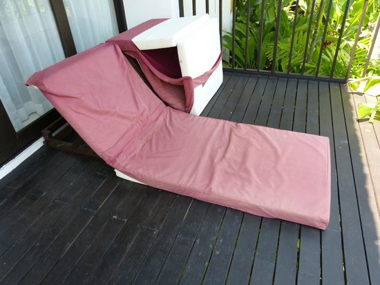 The Vijitt Resort Phuket : Beds on balcony