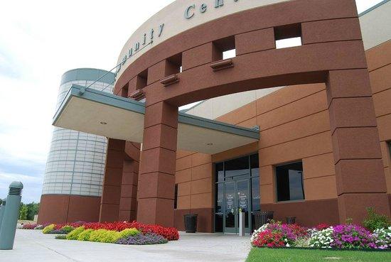Sand Springs, OK: Case Community Center