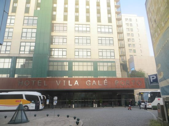 Vila Galé Porto: Hotel ingang