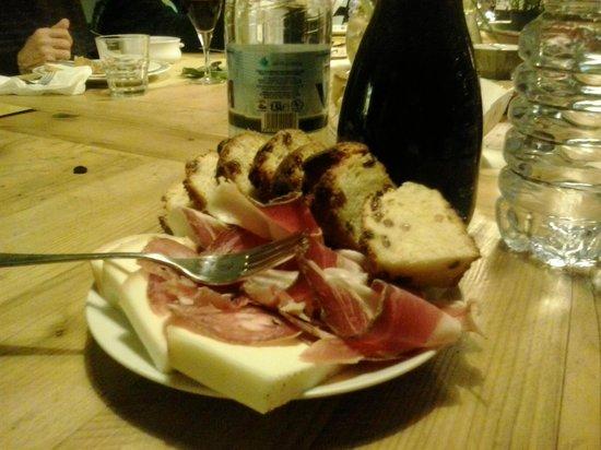 Le Bindi : salumi e formaggi