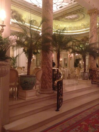 Tea at the Ritz: The dining area