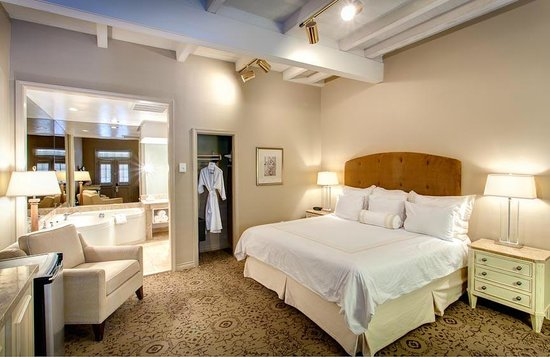 Dauphine Orleans Hotel: Guest Room