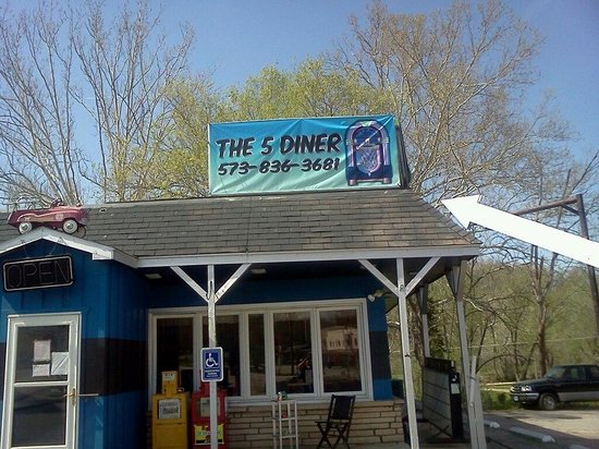 The 5 Diner: Downtown Gravois Mills, Mo