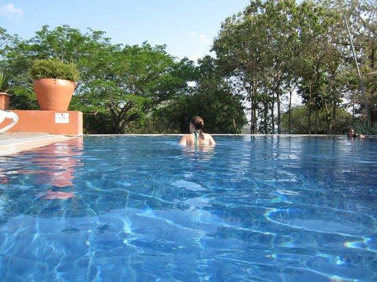 Royal Decameron Golf, Beach Resort & Villas : pool near sushi restaurant