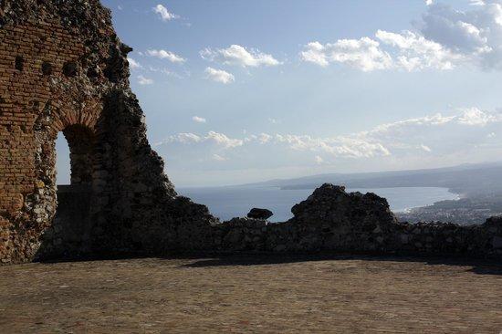 Greek Theatre : Вид на море