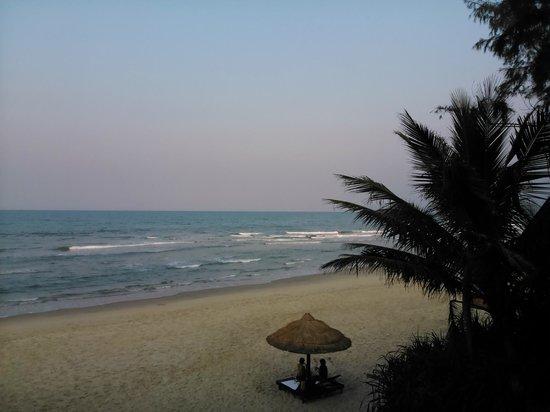 Lang Co Beach Resort: .