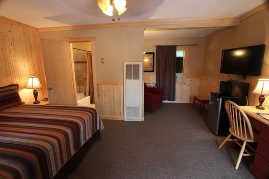 The Red Lodge Inn: Large, spacious rooms!