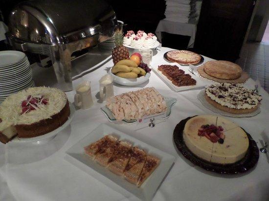 Abbeyglen Castle Hotel : Dessert Buffet