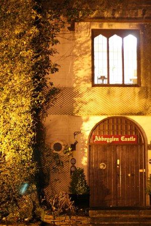 Abbeyglen Castle Hotel: Entrance