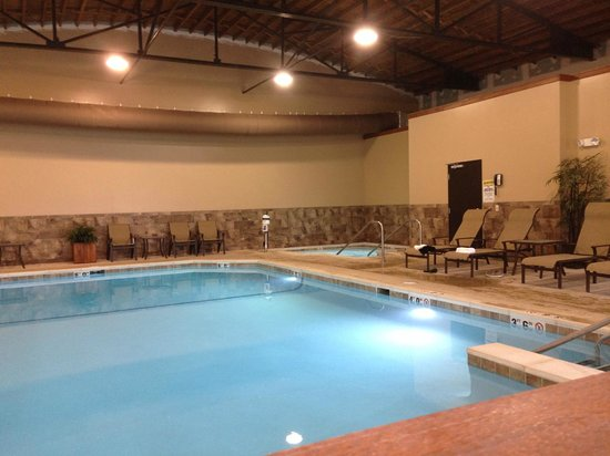 Intercourse, PA: Indoor pool and hot tub
