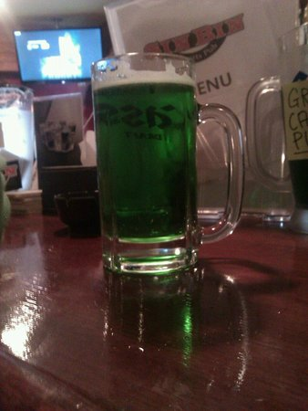 Sin Bin Sports Pub: Beer on St Patty's day