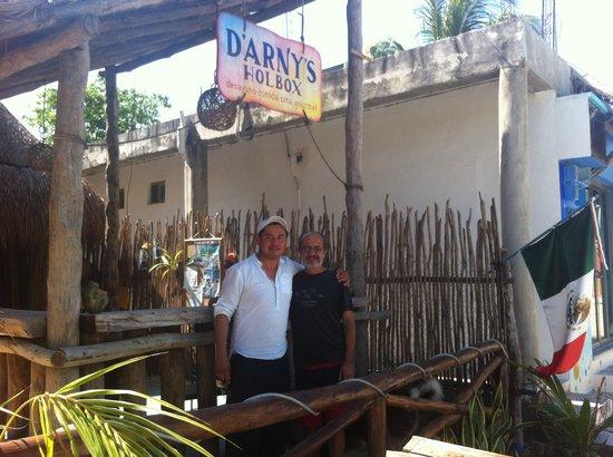 D'Arny's: Arny y Fernando, creadores de los Chichaquiles