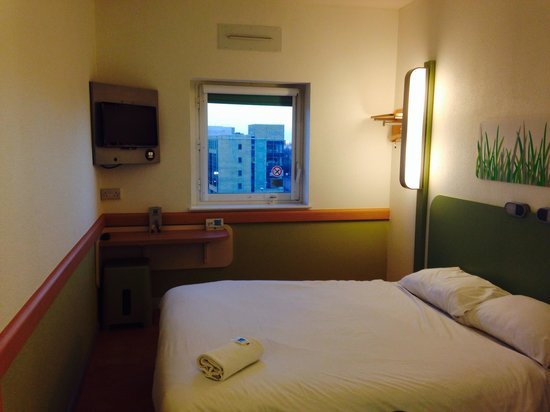ibis budget Manchester Salford Quays: Out lovely room on 7th floor