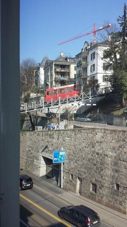Hotel du Theatre by Fassbind : Tram to the top of the city, only steps away from the hotel
