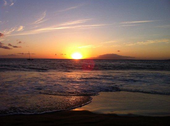 Kamaole Beach Park 3 : The Perfect Sunset from the Beach