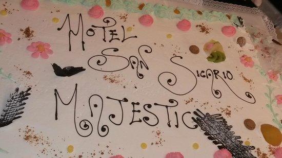 Hotel Sansicario Majestic: Torta serale