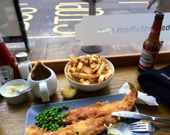 Baileys Fish and Chips : Large portion of freah cod, at greT price.