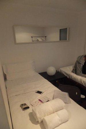 Casa Do Carmo : chambre à 2 lits de l'appart de 4 pers