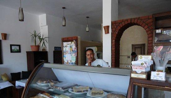 Ralph's German Bakery: Great service