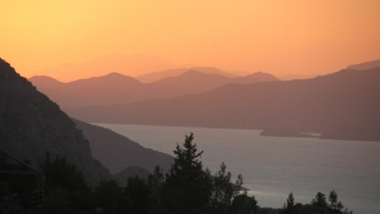 Miray Hotel: Sunset near Cliftlik