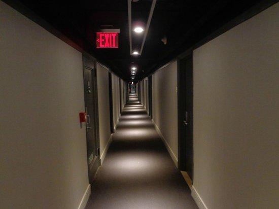 Row NYC Hotel : long long walk