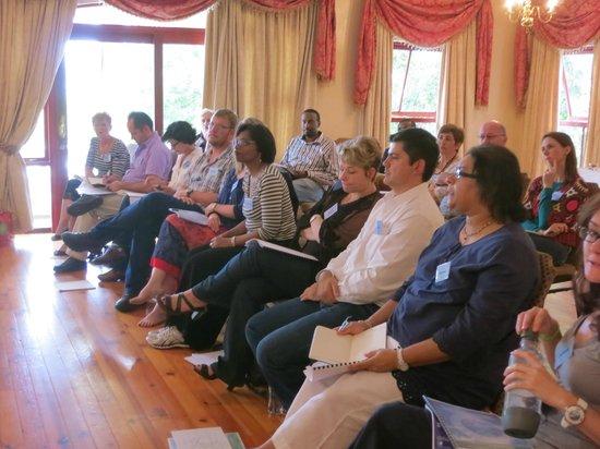 Cricklewood Manor: Facilitating room
