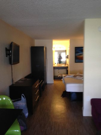 Avanti International Resort: Room