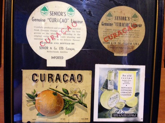 Curacao Liqueur Distillery: Old labels are part of the exhibit.