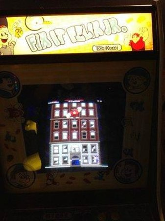 DisneyQuest Indoor Interactive Theme Park : Wreck It Ralph game!