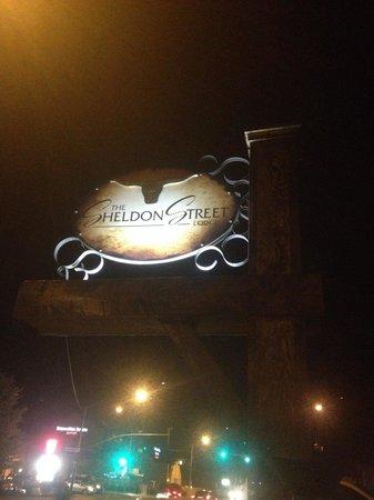 Sheldon St. Lodge : Downtown Prescott