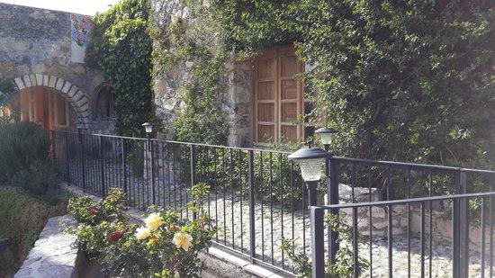 Refugio Romano : Vistas exteriores del hotel.