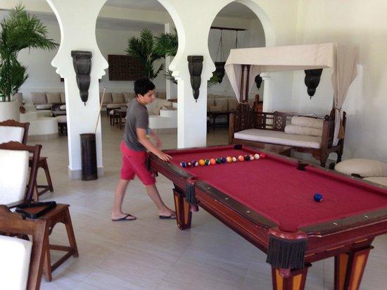 Baraza Resort & Spa : Le billard où toute la famille s'est retrouvée à plusieurs reprises
