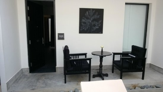 H Hotel Cambodia : View from the pool and private dining area (room 101, suite)