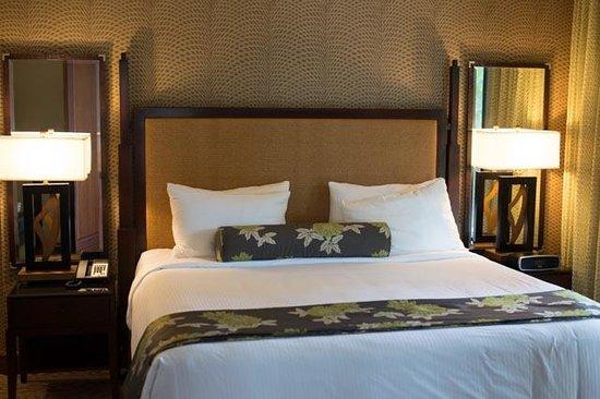 Koloa Landing Resort : Master Bedroom