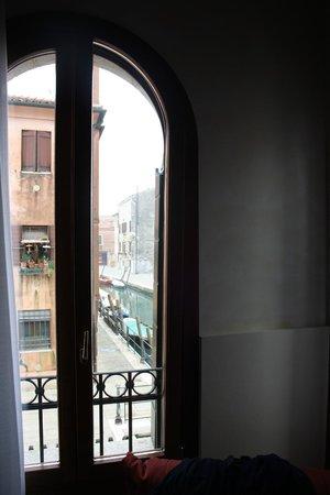 Hotel Tiziano: Vista sul canale