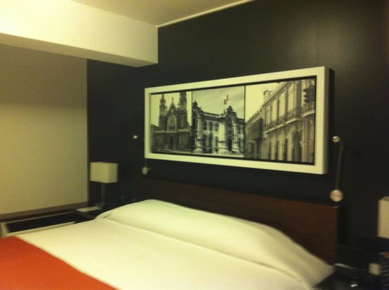 BTH Hotel: Nicely decorated rooms, very modern