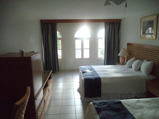 Caribbean Palm Village Resort: bedroom