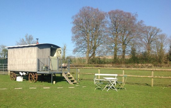 The Old Forge: Sam the Shepherds Hut