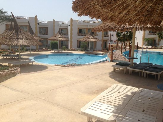 Gardenia Plaza Resort: Smaller pool