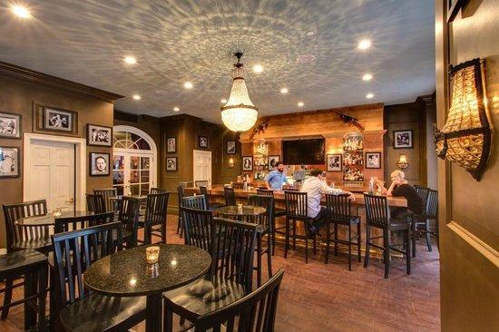 Hotel Mazarin: 21st Amendment at La Louisiane Bar