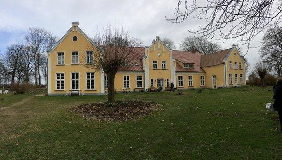Emkendorf, Deutschland: Das WIldkräuterhotel von außen