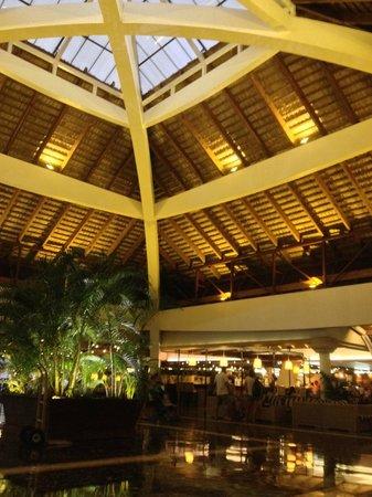 Sirenis Punta Cana Resort Casino & Aquagames: Hall d'acceuil