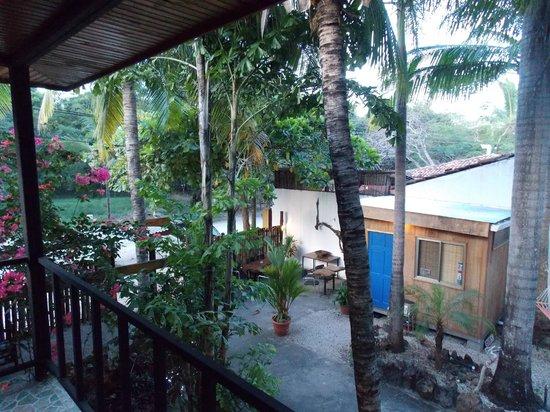 La Marejada Hotel : L'entrata dell'albergo vista dal terrazzino della nostra camera
