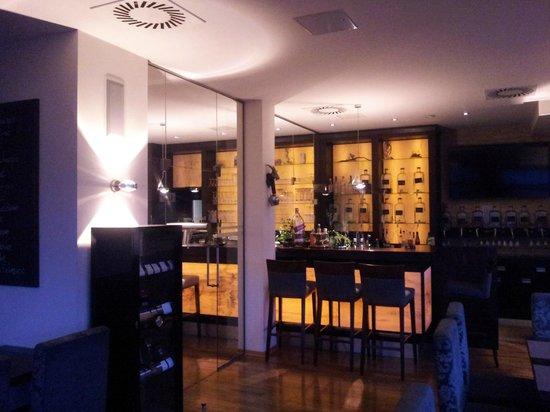 Hopfenberg Traditions-Gasthaus: Raucherlounge