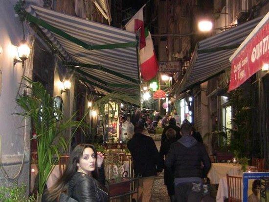 Antica Pizzeria Ristorante 7 Soldi dal 1962: il locale da fuori