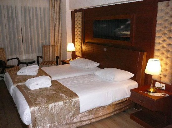 Yigitalp Hotel: Zimmer