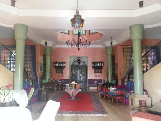 Las Palmeras : The foyer