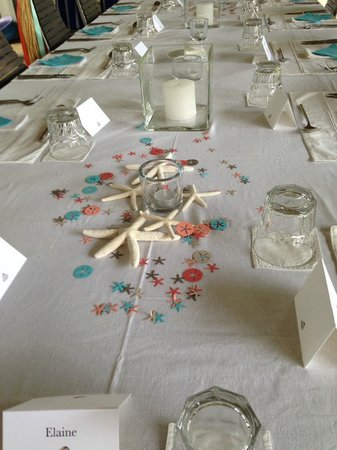 Frangipani Tree: Table setting