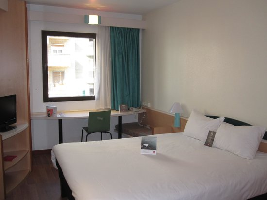Ibis Zaragoza Centro: habitación