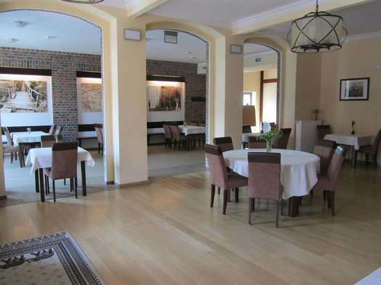 Hotel Wartoslaw: Przestronna urzadzona w bardzo dobrym stylu restauracja